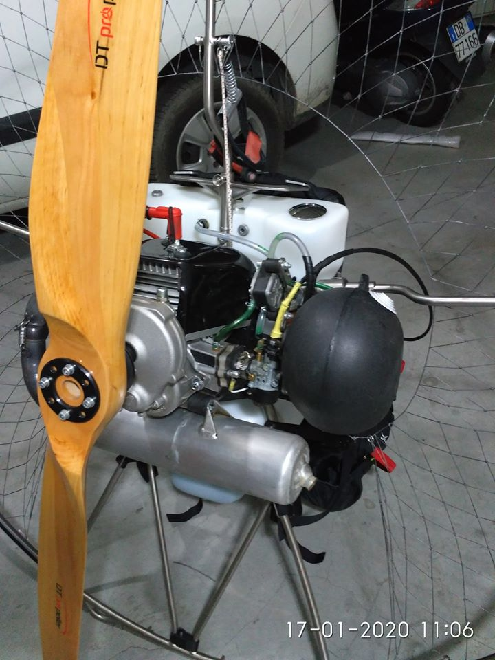 wooden propeller for paramotor
