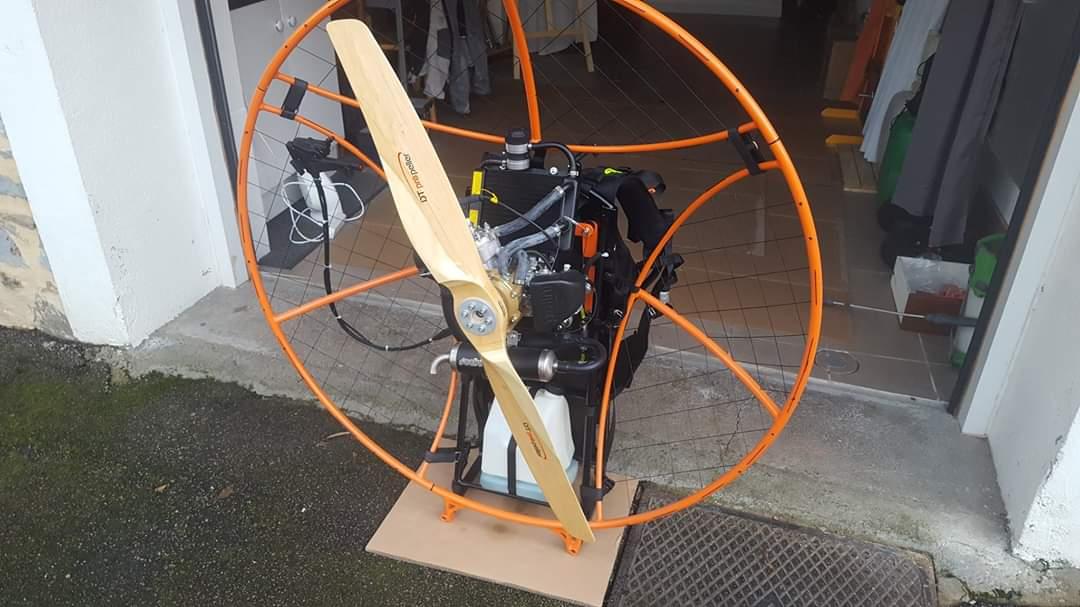 wooden paramotor propeller 1